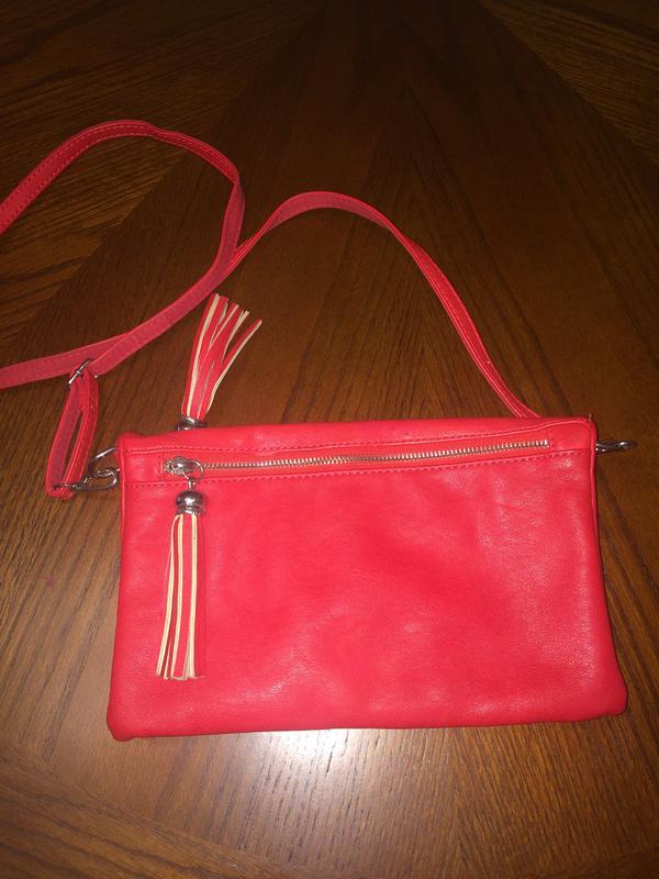 25ad8f6050ab Маленькая, вместительная, яркая акцентная сумка David Jones, цена ...