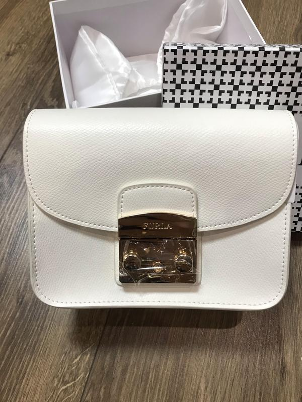 3508807c Кожаная сумка в стиле furla белая Furla, цена - 1890 грн, #18716224 ...
