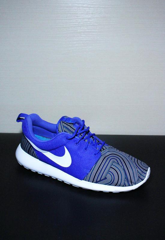 5d381bcc Оригинал nike roshe one print кроссовки фитнес Nike, цена - 1300 грн ...