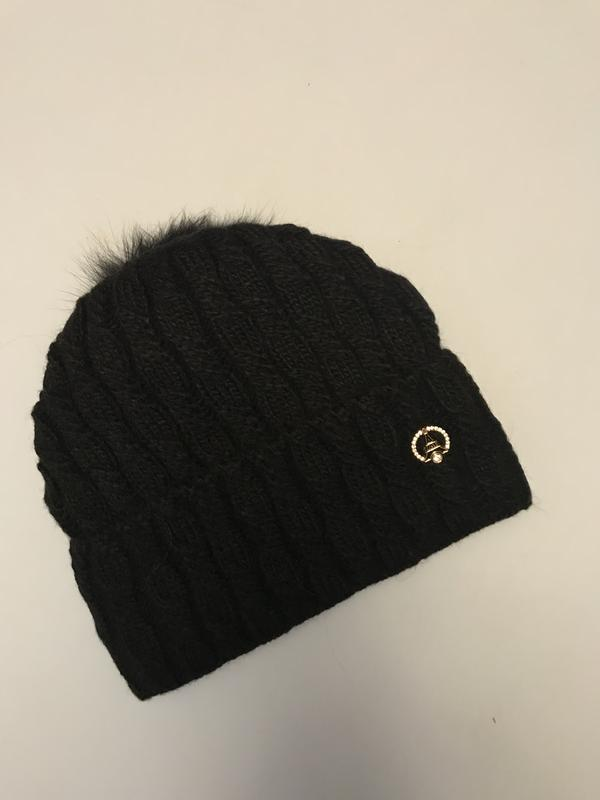 a5ec59e0ed88 Sale!!! чёрная женская шапка на флисе с меховым помпоном (ZARA) за 299 грн.