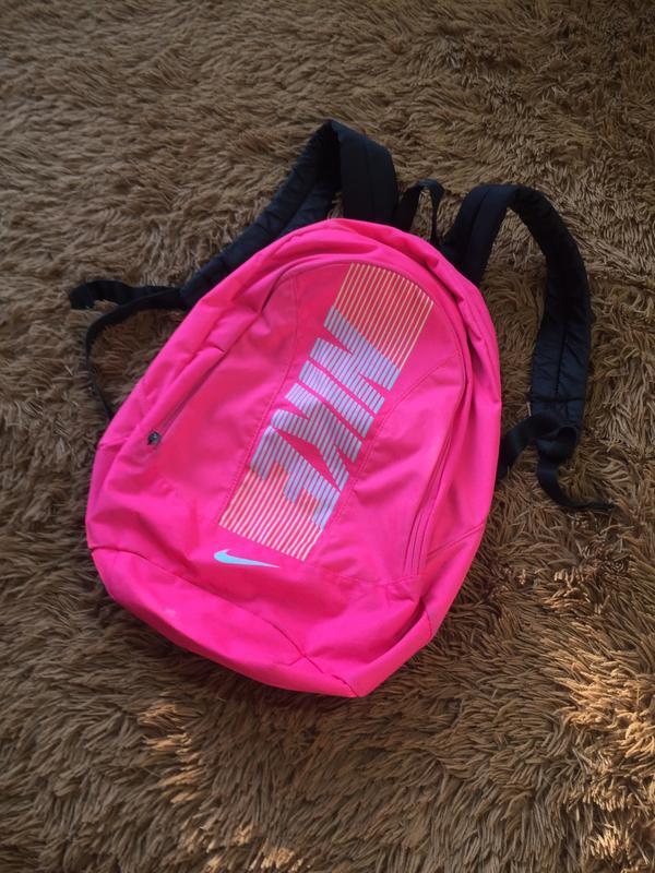 108df7d15760 Женский рюкзак nike Nike, цена - 593 грн, #19176043, купить по ...
