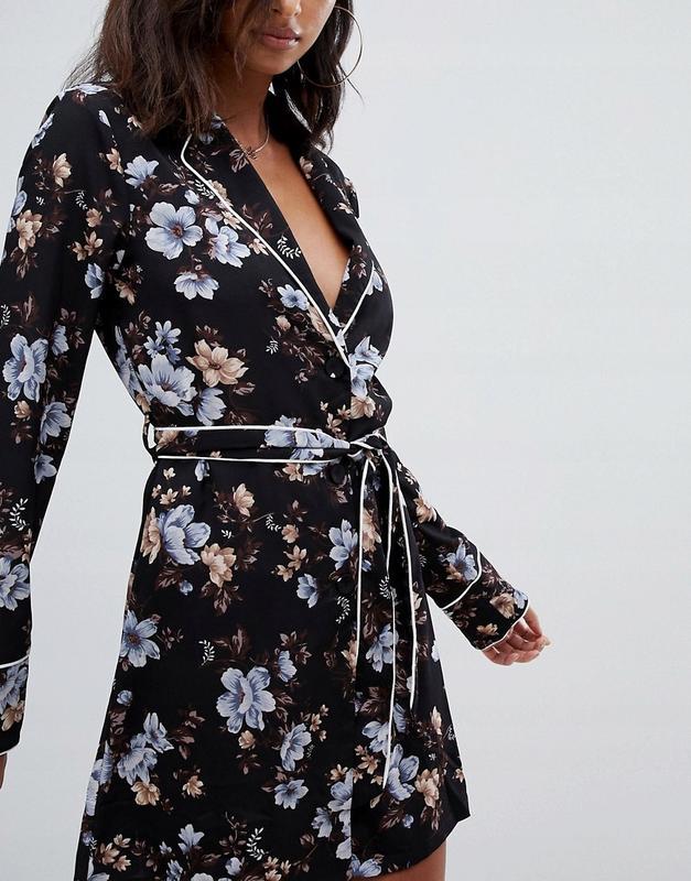 Missguided чарівна сукня-халат на запах квітковий принт Missguided ... 97d70fc553ea4