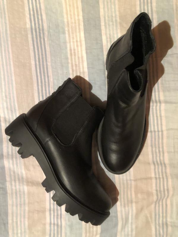 3941c758a Кожаные ботинки на тракторной подошве ZARA, цена - 699 грн ...
