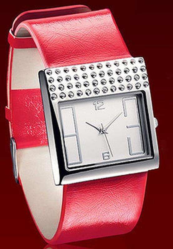 Avon кварцевые часы эйвон помада