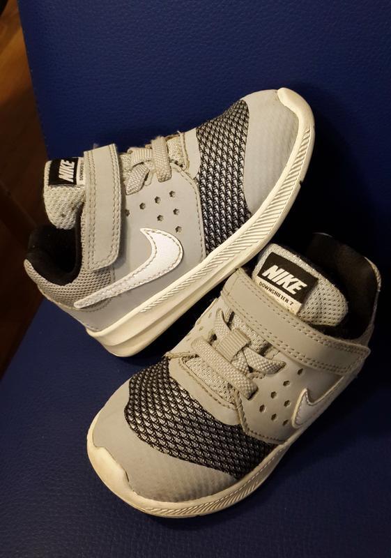 Кросівки nike (2017 р.) 22-23 розмір Nike 7323e1699e065