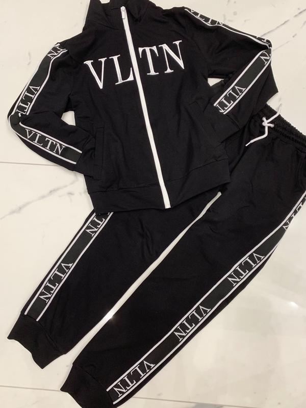 Спортивный костюм vltn1 ... 55802dc6ce2cd