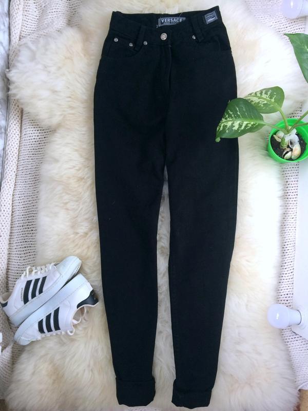 e5d4e952cb0 Крутые чёрные джинсы mom versace оригинал бойфренд высокая посадка талия1  ...