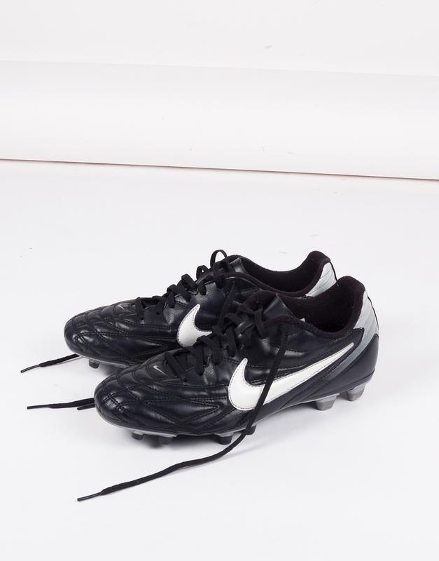 Футбольная обувь бутсы копки сорока nike premier Nike 58a8f9177fbba