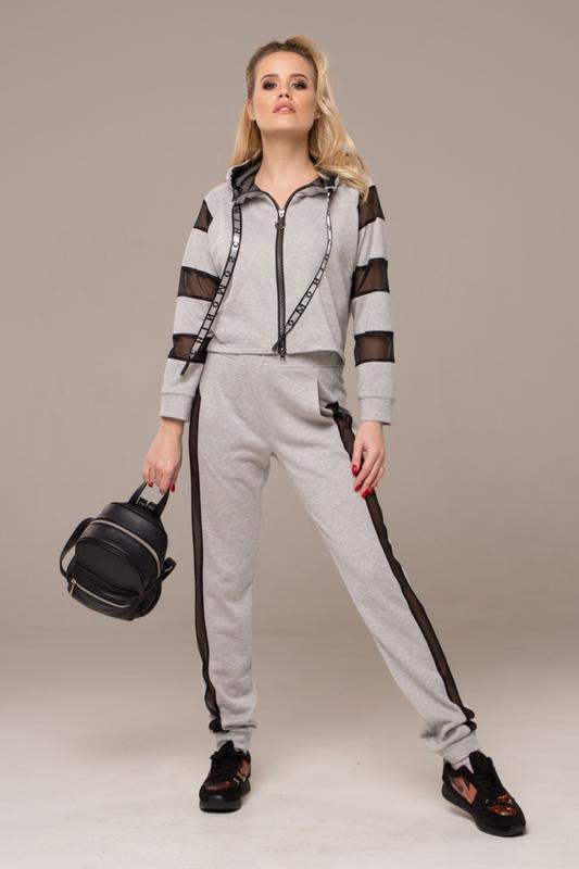 bfa69c52cca Спортивный костюм серого цвета с декорированной сеткой1 фото ...