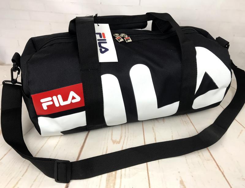 716d6dea802f Небольшая красивая спортивная сумка бочонок fila. раз.44см на 23 ксс121  фото ...