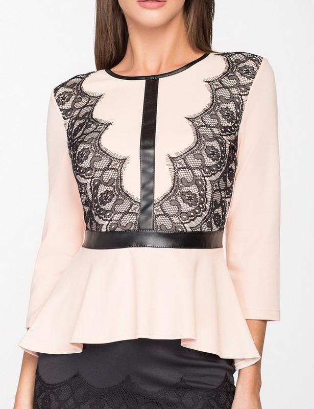 42ac483b453 Трикотажная кружевная блуза-кофточка с баской (42
