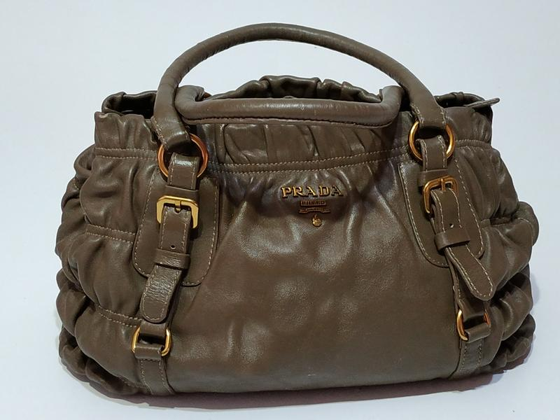 b4182fb00943 Сумка женская винтажная бренд prada ( италия) Prada, цена - 2400 грн ...