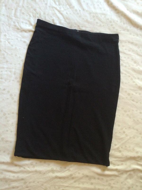 Трикотажная плотная юбка