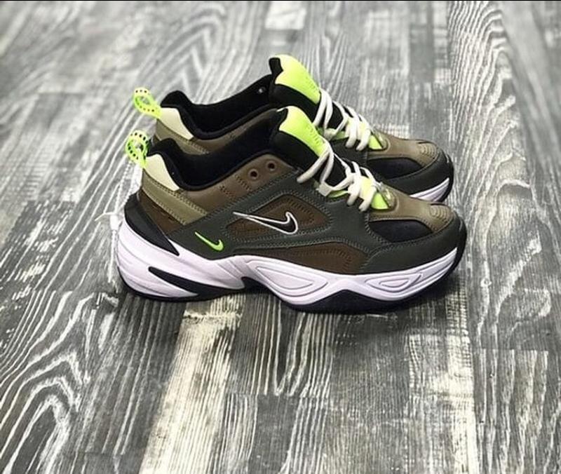 96d50565 ... Шикарные женские кроссовки nike m2k tekno (medium olive/black)5 фото