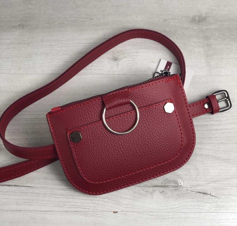 6c0a7814c6c7 Бордовая маленькая молодёжная женская сумочка.сумка на пояс.клатч на пояс. цвета1 фото ...