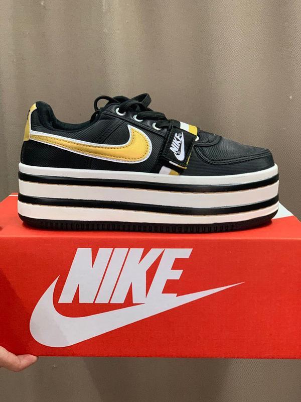 a453943d Шикарные женские кроссовки nike vandal 2k black/gold Nike, цена ...