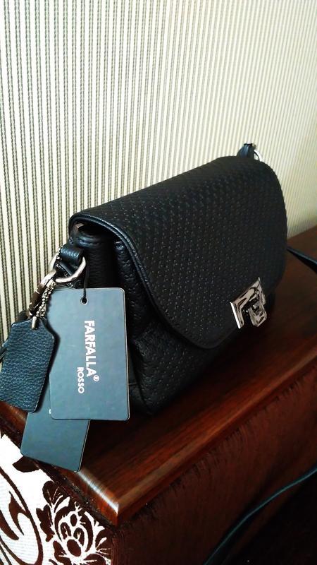 4df049341434 Farfalla rosso фирменная новая сумочка, клатч на ножках Farfalla ...