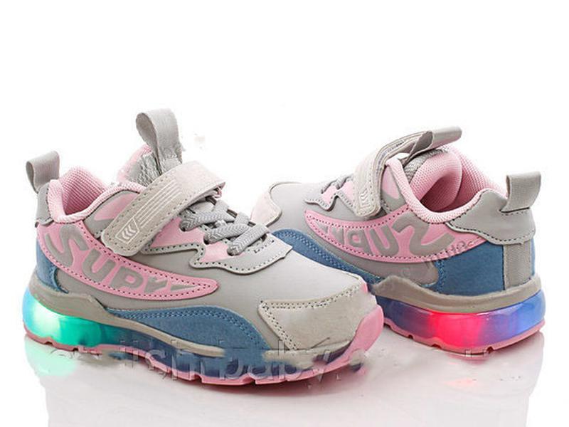 2c1023b044a2 Детские красивые кроссовки на девочку с led подсветкой за 355 грн.