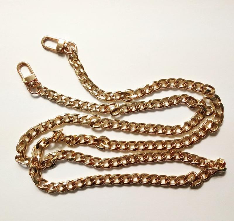 af791cd3a5ae Ручка цепочка для сумки клатча золотая с карабинами 120см 9мм, цена ...