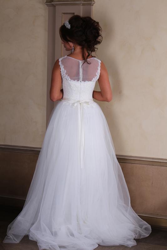 30fa11c7f71 Свадебное платье кружевное! новое! размер 40