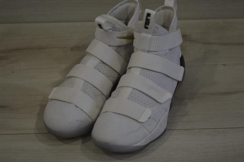 huge discount da05d b8e8b Мужские баскетбольные кроссовки фирмы nike lebron soldier 11 (Nike) за 850  грн.