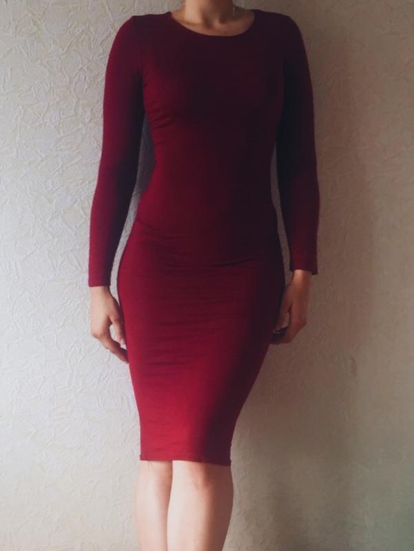 420c17fc60acb54 Бордовое/бургунди/марсала длинное, облегающее миди платье1 фото ...