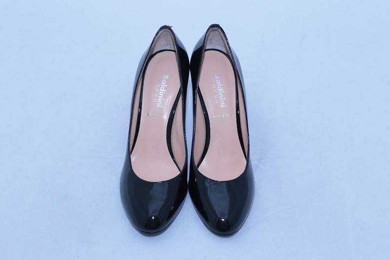 Туфли лодочки baldinini (италия), черного цвета. Baldinini, цена - 2999 грн, #22789571, купить по доступной цене   Украина - Шафа