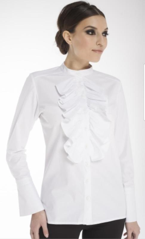 610c779094f Стильная белая блуза с жабо