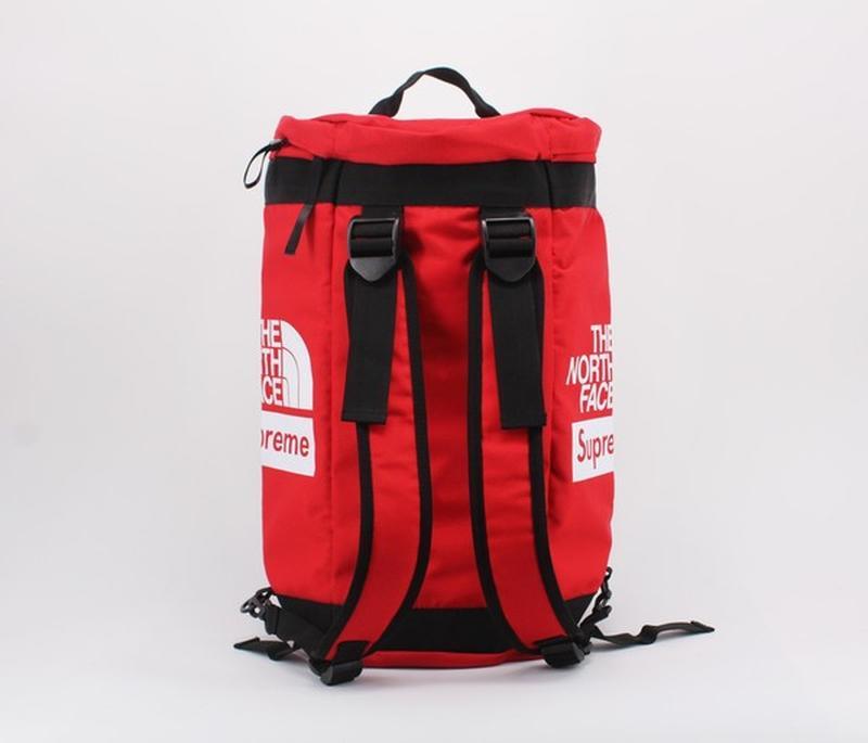 8c7044dfbc75 Спортивна сумка-рюкзак tnf x supreme The North Face, цена - 680 грн ...