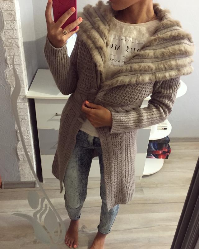 Мужской вязаный свитер с натуральным мехом