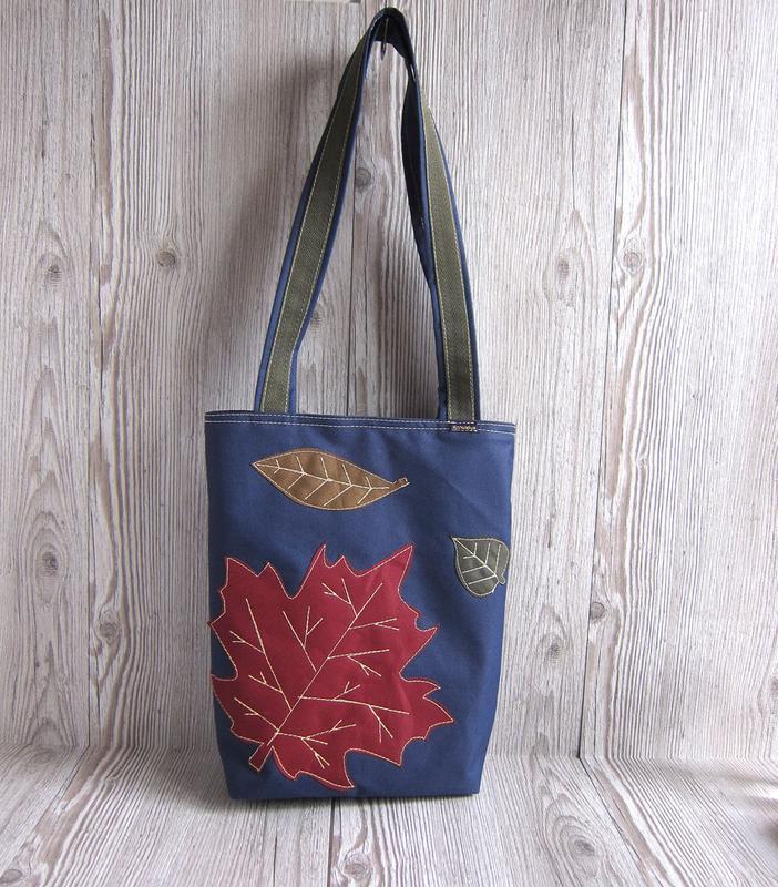 fbc146497b91 Синяя сумка на магнитной застежке с декором в виде осенних листьев1 ...