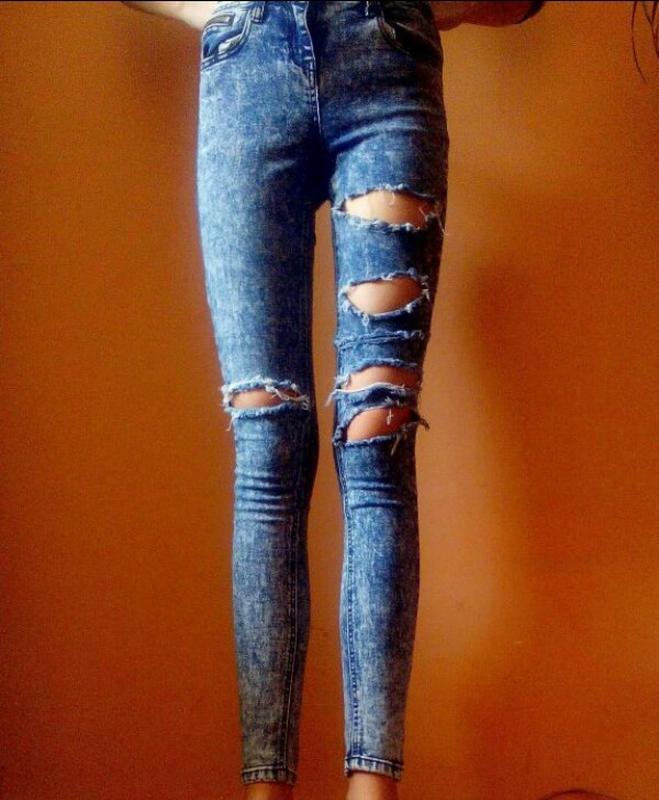 Порвани джинси з високою талією1 ... fb7abcc02761a