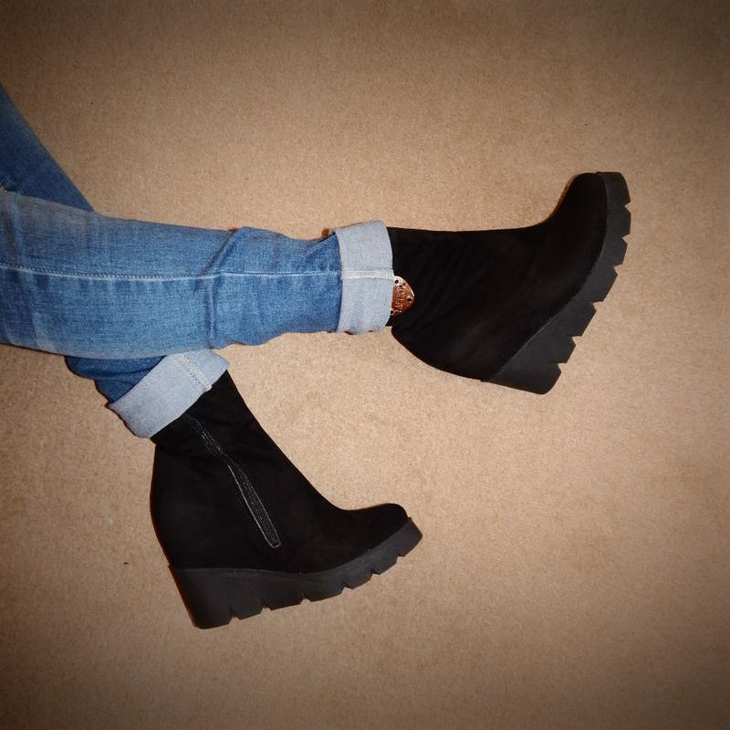 cb93be5f9 Замшевые черные ботинки, полусапожки, сапоги на тракторной платформе рр 391  фото ...