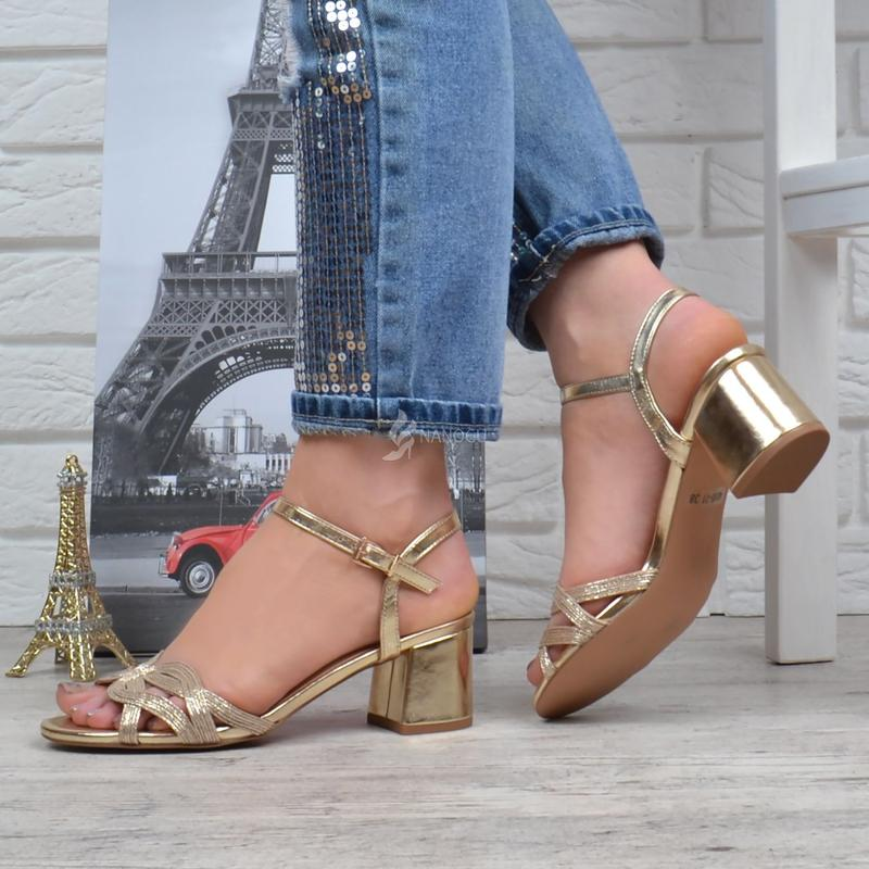 1c1a7b339 Босоножки женские на широком устойчивом каблуке cleopatra золотистые6 фото