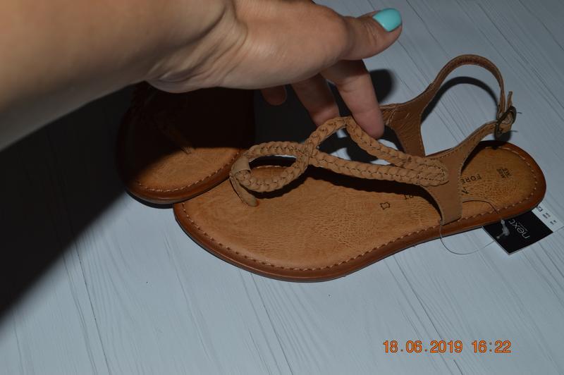 8393177359e90b 38 в наявності3 фото · Нові шкіряні жіночі сандалі next розм. 38 в  наявності4 фото
