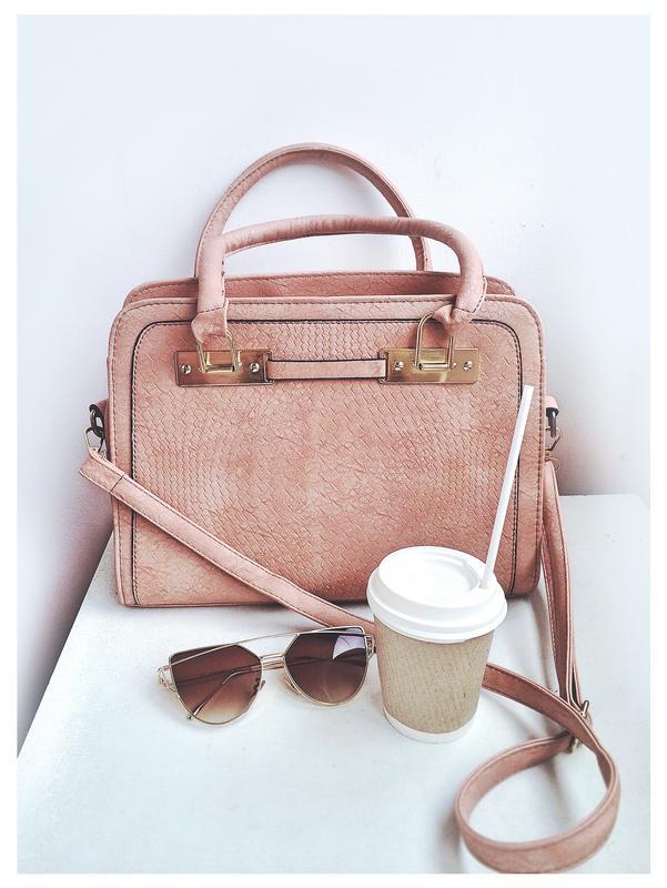 749d9073e672 Роскошная пудровая сумка с матовой фактурой, цена - 550 грн ...