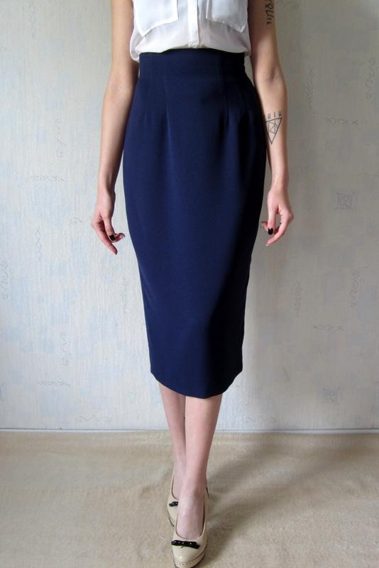 f87b5e5bd39 Классическая темно синяя юбка-карандаш с высокой талией1 фото ...