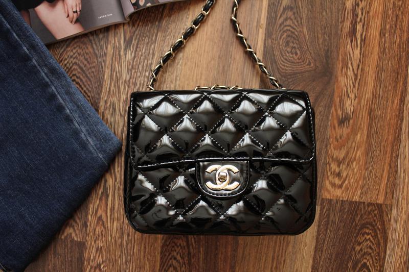 27b55bba0b70 Лаковая сумочка chanel mini Chanel, цена - 650 грн, #2832960, купить ...