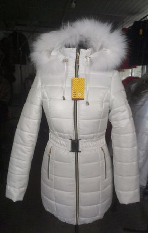 54e5c77ca57 Женская белая зимняя куртка с натуральным мехом песца на силиконе1 фото ...