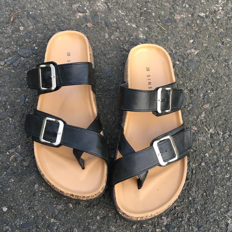364e8cfb72c1 Шлёпанцы сандалии sinsay за 300 грн. | Шафа